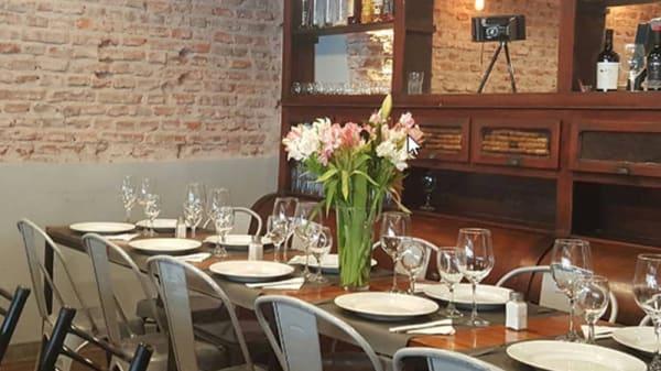 Vista sala - Lili Resto Cocina Mediterránea, Lanús Oeste