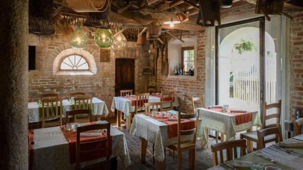 La nostra sala rustic-chic - Hosteria del Maiale, Polesine Parmense