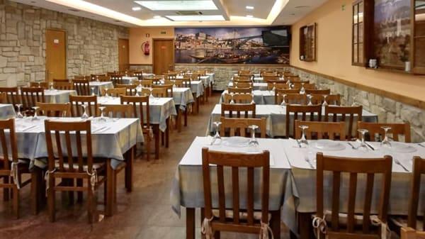 Sala - Restaurante Nova Era, Porto