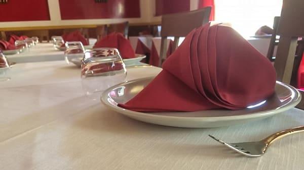 Tavolo - Ristorante Indiano Gandhi, Pisa