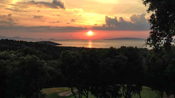 Tramonto dalla terrazza - Ristorante Golf Club Punta Ala, Punta Ala