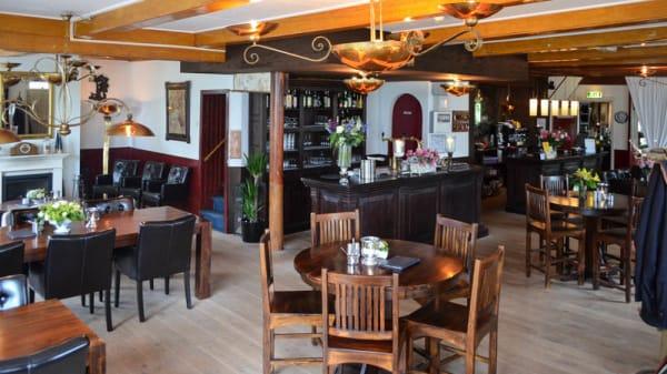 Het restaurant - De Rustende Jager, Eext