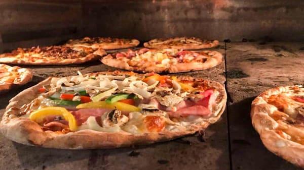 Specialiteit van de chef - Pizzeria De Pionier, Marknesse