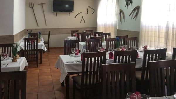 Sala del restuarante - La Taberna Asturiana Zapico, Toledo