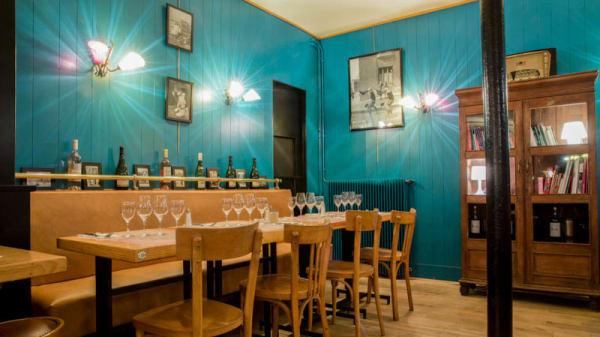 Vue salle - Les Demoiselles Restaurant Café 17ème, Paris
