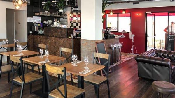 Salle du restaurant - Le 23, Livry-Gargan