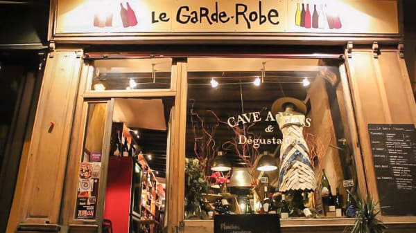 Le Garde Robe In Paris Restaurant Reviews Menu And Prices Thefork