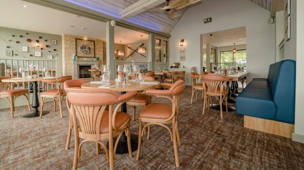 Restaurant - The Old Boathouse Pub, Cirencester