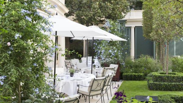 Terrasse et jardin - Epicure - Le Bristol Paris, Paris