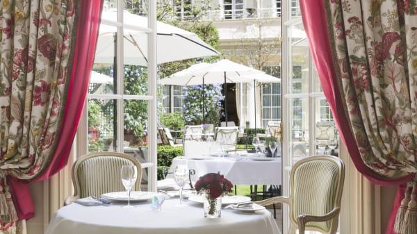 Salle du restaurant - Epicure - Le Bristol Paris, Paris