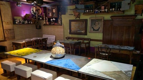 Interno - Pizzeria millematti, Assisi