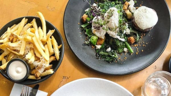 Meals - The Gunshop Cafe, West End (QLD)