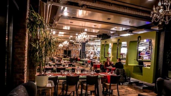 Landelijk ruime restaurant met houtoven - Meziz, Hoogvliet Rotterdam