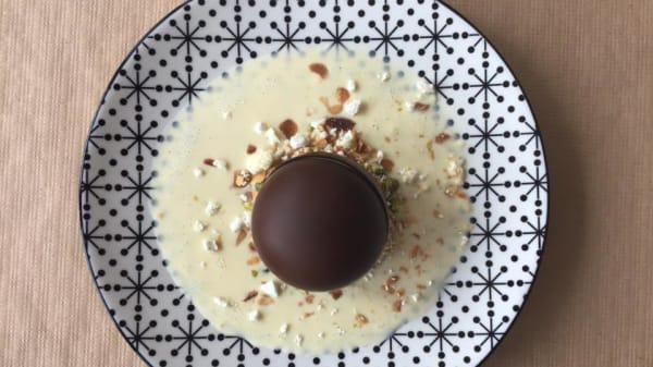 sphère en chocolat - Gaberem, Versailles