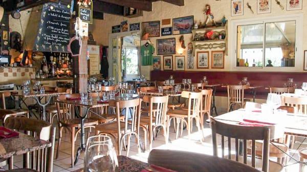 La salle - Les Deux Bouchons, Cabriès