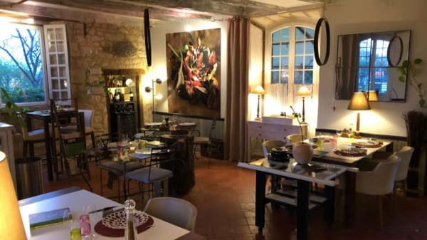 Salle du restaurant - Etincelles, Sainte-Sabine-Born
