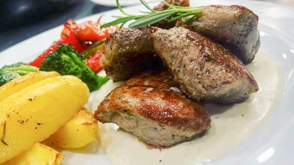 Solomillo de cerdo ibérico en salsa en gorgonzola - Las Mayoralas, Periana