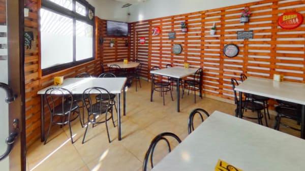 Vista sala - Restaurante Falcons, Sant Adria De Besos