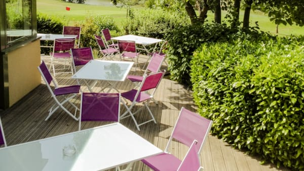 Terrasse - Le One Up, Gonesse