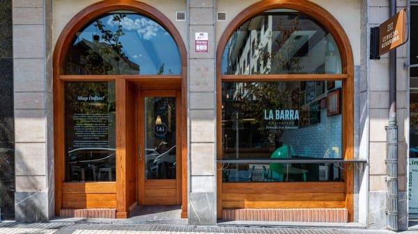 La barra de Amaiketako, Donostia/San Sebastián