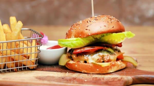 9 Meal Cafe, Coburg (VIC)