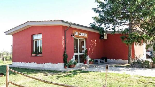 La vista esterna - Dai Cornuti, Monteroni