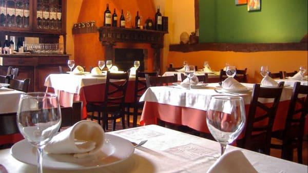 Vista Sala - El Reguero Moro, Villoria De Orbigo