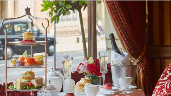 Afternoon tea in the Palace Lounge, London