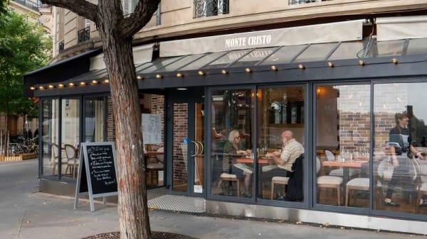 facade - MonteCristo, Paris
