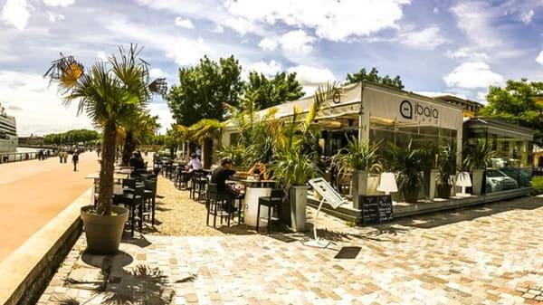 Aperçu de l'extérieur - IBAÏA Café Bordeaux, Bordeaux