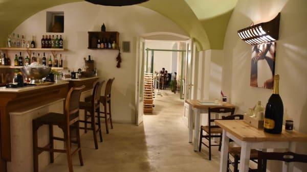 Vista sala - Burrata Bar, Martina Franca