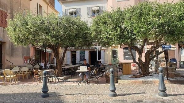 La Table d'Étienne, Saint-Raphaël