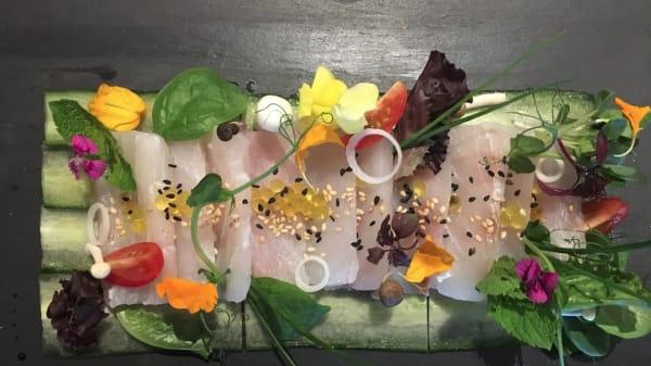 Sashimi de Maigre de ligne - Hossegor Sushi, Capbreton