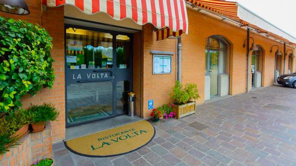 Entrata - La Volta, Imola