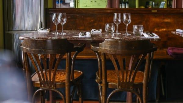 Tables dressées - Le Bien-Décidé, Paris