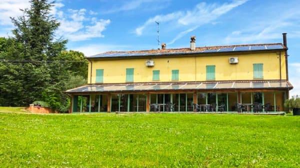 Facciata - Contea di Val d'Amone, Brisighella
