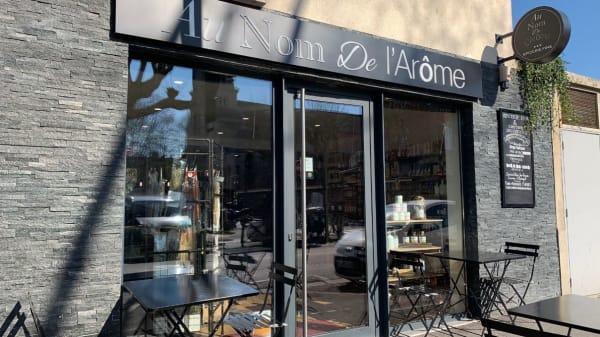 Devanture - Au Nom de l'Arôme, Alfortville