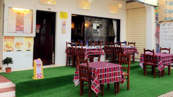 Esplanada - Curry Club Indian Tandoori, Albufeira