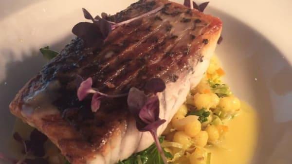 Shuck Fine Dining Restaurant, Main Beach (QLD)