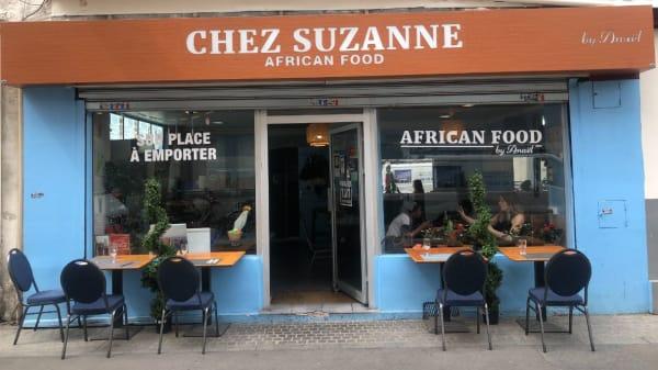 Extérieur - Chez Suzanne, Saint-Denis
