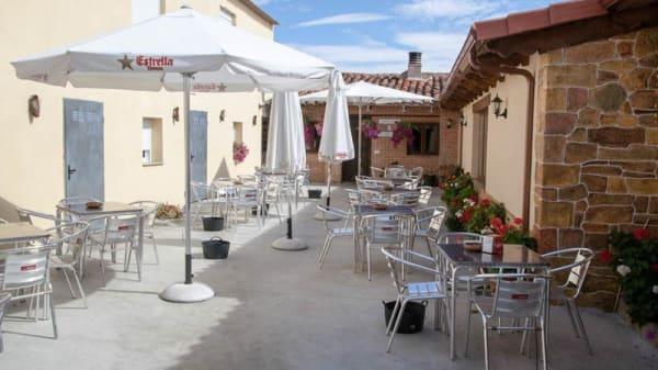 la terraza - Casa Aniceto, Jimenez De Jamuz