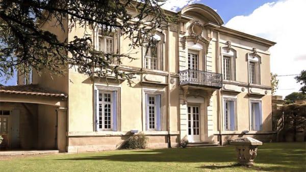 Façade - Château du Puit es Pratx, Ginestas
