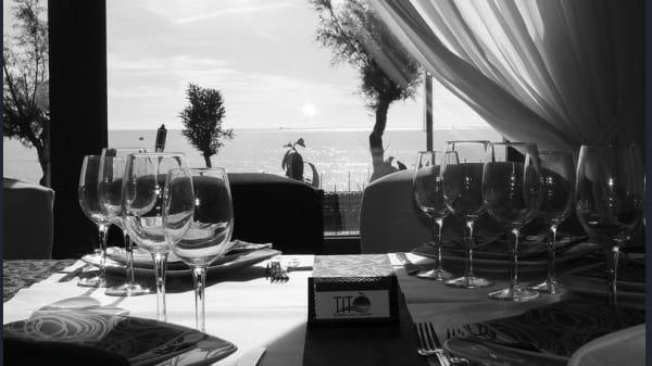 tavolo con vista al mare.JPG - Titò Restaurant, Pozzuoli