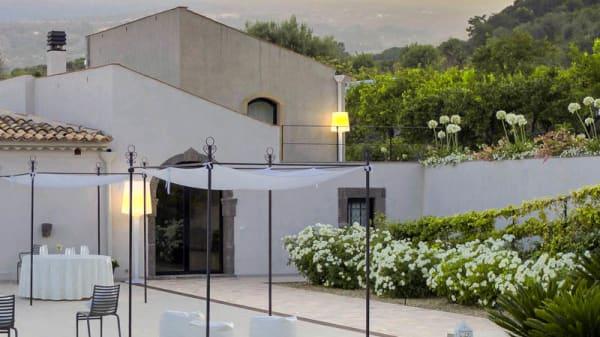 Terrazza - Talé Restaurant & Suite, Piedimonte Etneo