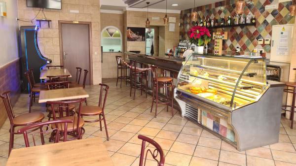 Como en Casa Cafè Bar, Estación de Cártama