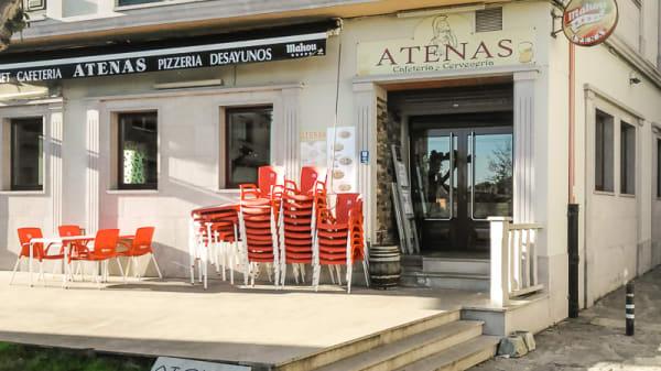Terraza - Pizzería Atenas, Melide