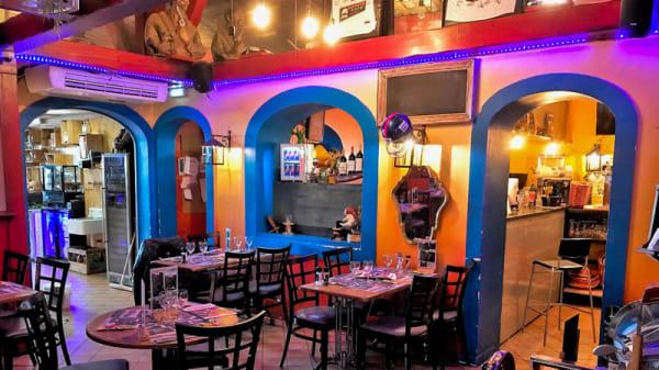 Vue de la salle - Coyote Café, Valenciennes