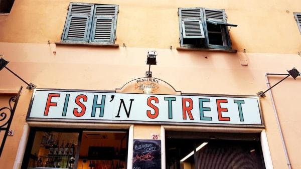 Esterno - Fish'n  Street, Genova