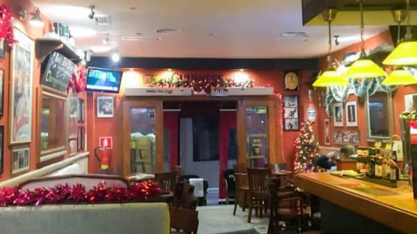 Vista del interior - Dylans Bar, Fuengirola