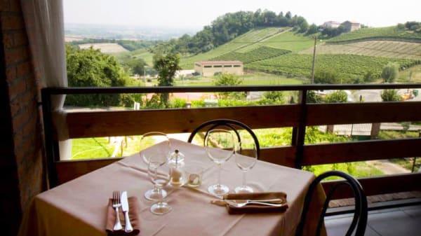 Terrazza Panoramica - Trattoria Panoramica Sarroc, Vignale Monferrato